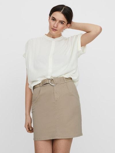 VERO MODA Bluse 'Nads' in wollweiß, Modelansicht