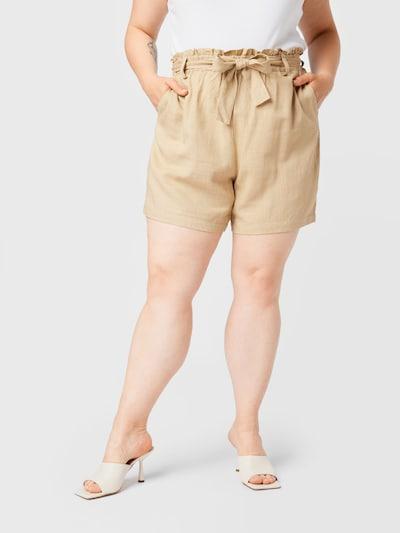 Vero Moda Curve Shorts in hellbraun, Modelansicht