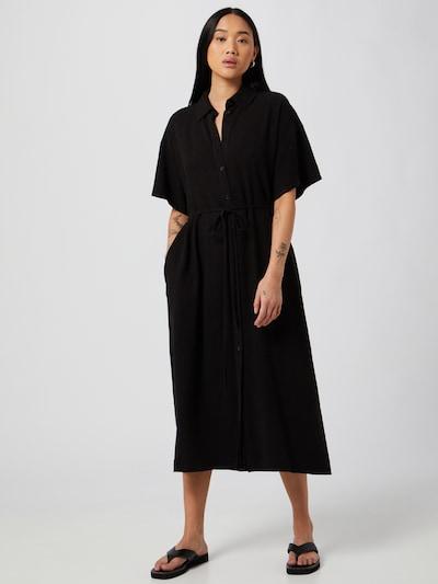 Rochie tip bluză 'Corinna' WEEKDAY pe negru, Vizualizare model
