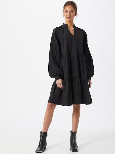 Sofie Schnoor Kleid in schwarz, Modelansicht