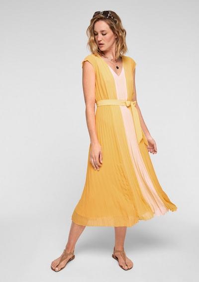 s.Oliver BLACK LABEL Kleid in beige / gelb, Modelansicht