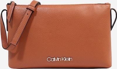 Calvin Klein Sac à bandoulière 'Neat SP20' en caramel, Vue avec produit