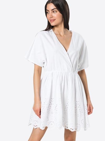 Rochie 'LINI' OBJECT pe alb murdar, Vizualizare model