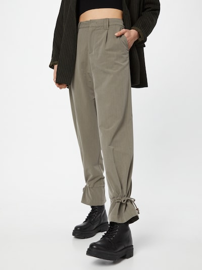 PULZ Jeans Pleat-front trousers 'MARTHA' in Olive, View model