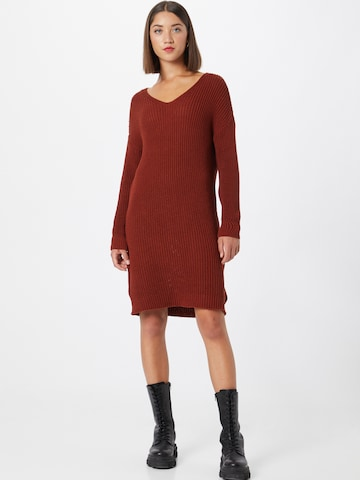 ABOUT YOU Gebreide jurk 'Laurina' in Bruin