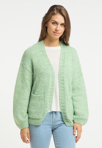 Usha Strickjacke in pastellgrün, Modelansicht