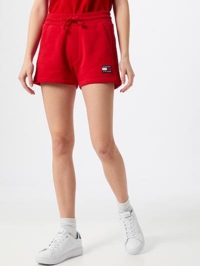 Pantaloni Tommy Jeans pe roșu, Vizualizare model