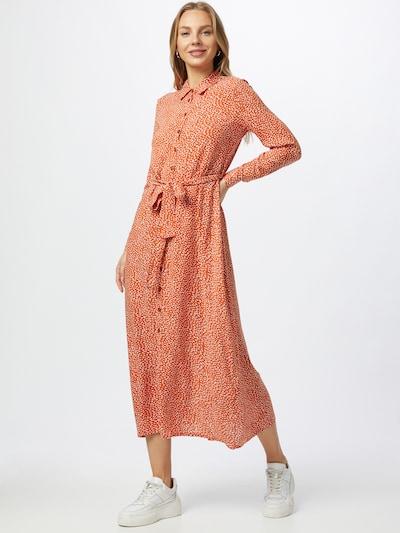 Trendyol Kleid in cognac / weiß, Modelansicht