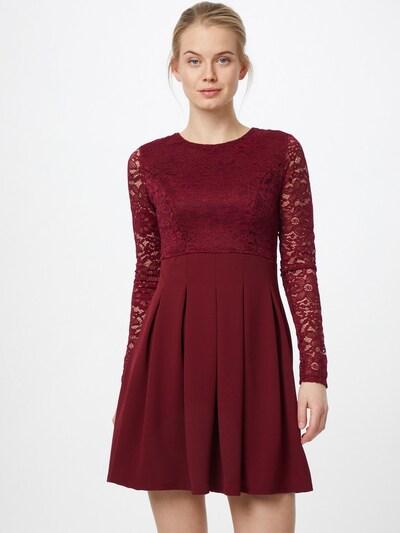 WAL G. Šaty - vínově červená, Model/ka