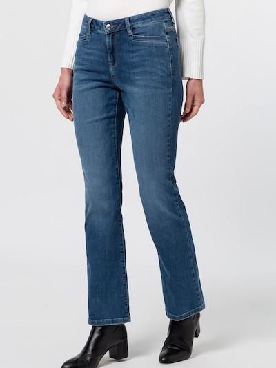 zero Jeans in Blue denim, View model