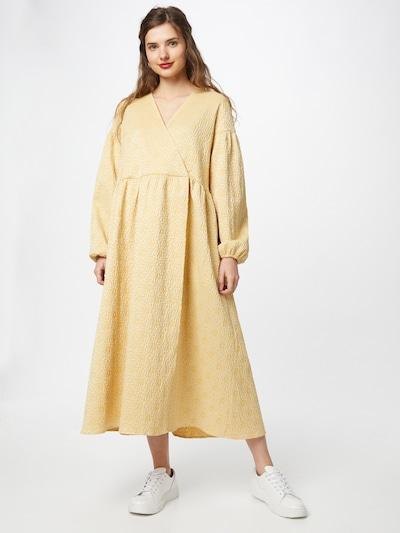 Samsoe Samsoe Jurk 'Jolie' in de kleur Geel, Modelweergave