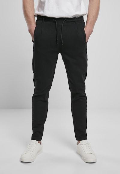Urban Classics Plisované nohavice - čierna, Model/-ka