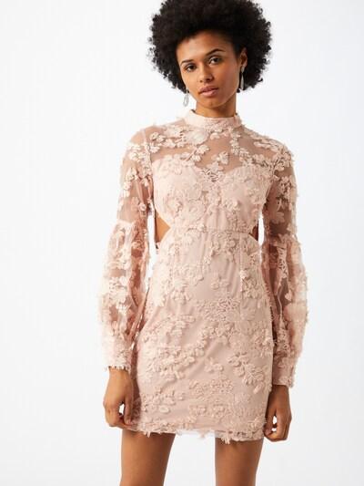 Love Triangle Kleid in rosa, Modelansicht