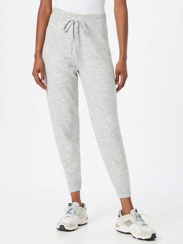 ABOUT YOU - Pantalón 'Caro' en gris