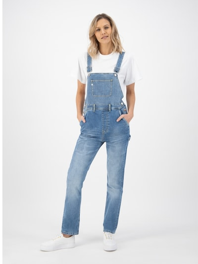 MUD Jeans Hose ' Jenn Dungaree ' in hellblau, Modelansicht