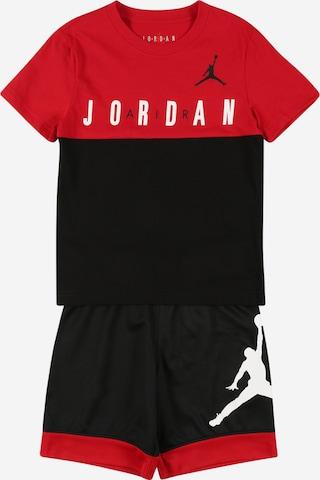 Costum de trening de la Jordan pe negru