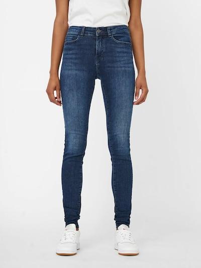 Noisy may Jeans in de kleur Blauw denim, Modelweergave