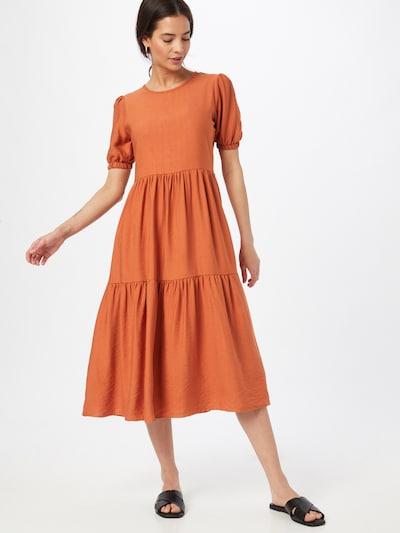 Trendyol Kleid in rot, Modelansicht