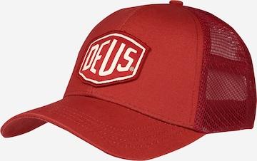 DEUS EX MACHINA Cap in Red