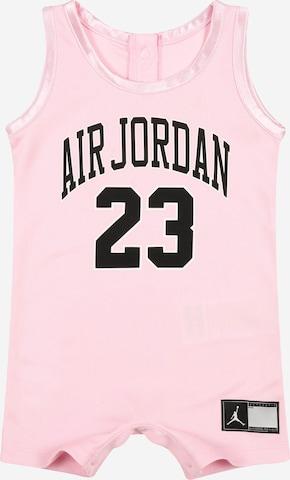 Salopetă de la Jordan pe roz