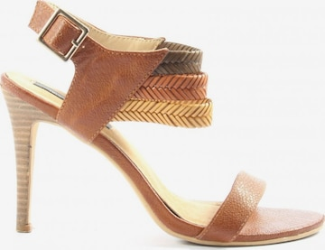 sacha Sandals & High-Heeled Sandals in 39 in Brown
