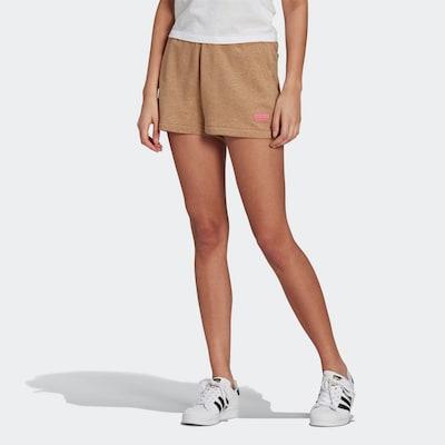 ADIDAS ORIGINALS Shorts in beige / rosa, Modelansicht
