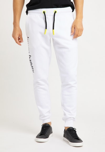 BRUNO BANANI Jogginghose in weiß, Modelansicht