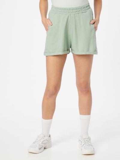 Trendyol Shorts in mint, Modelansicht
