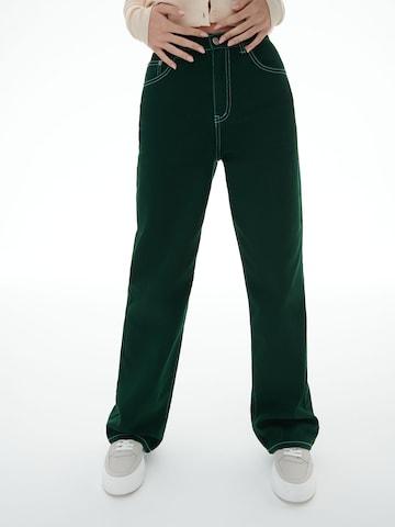 LENI KLUM x ABOUT YOU Jeans 'Tyra' in Grün
