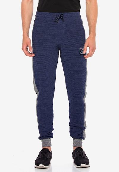 CIPO & BAXX Sweathose in dunkelblau / grau, Modelansicht