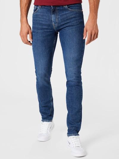 WEEKDAY Jeans 'Friday' in blue denim, Modelansicht