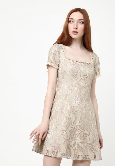 Madam-T Kleid 'Agava' in puder, Modelansicht