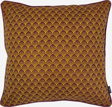 Linen & More Pillow in Yellow