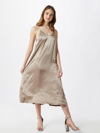JUST FEMALE Kleid 'Delta' in beige, Modelansicht