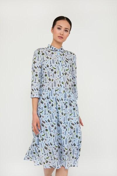 Finn Flare Kleid mit hübschem Blumendruck in hellblau, Modelansicht