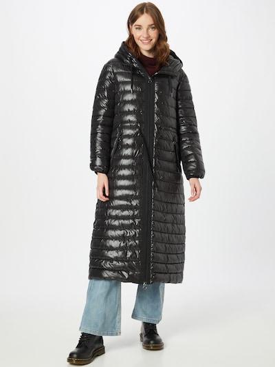 s.Oliver Ανοιξιάτικο και φθινοπωρινό παλτό σε μαύρο, Άποψη μοντέλου