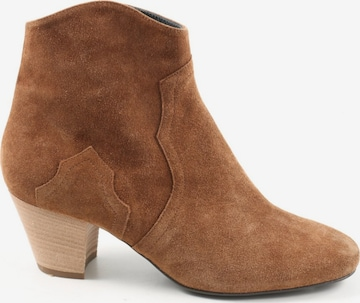 Madeleine Dress Boots in 40 in Brown