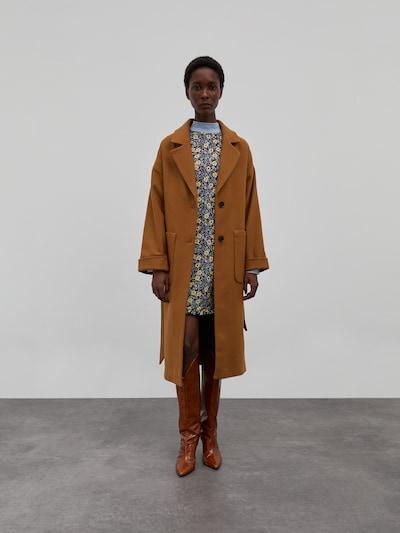 EDITED Zimski kaput 'Santo' u boja devine dlake (camel), Prikaz modela