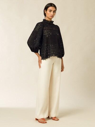 IVY & OAK Bluse in schwarz, Modelansicht