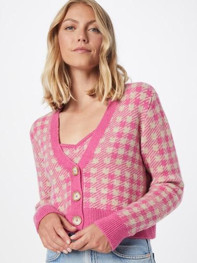 VILA Strickjacke in beige / pink, Modelansicht