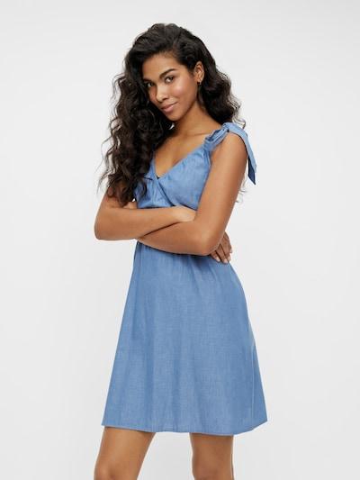 MAMALICIOUS Kleid 'Milana' in blue denim, Modelansicht