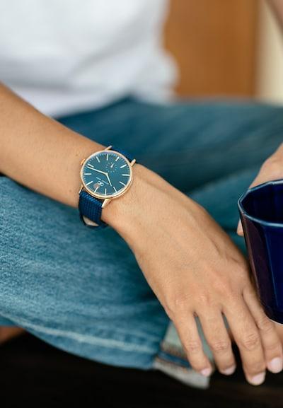 August Berg Uhr 'SERENITY DEEP BLUE EYE 40mm' in blau / navy / bronze, Produktansicht