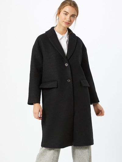 VILA Between-seasons coat in black, View model