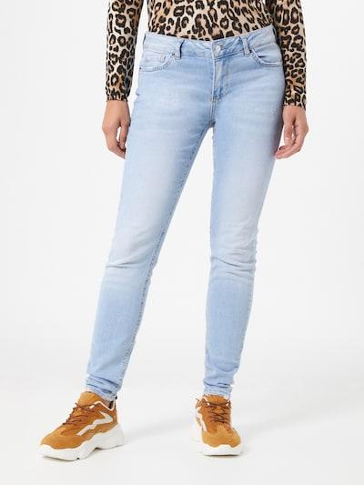 ONLY Jeans 'Carmen Life' in hellblau, Modelansicht