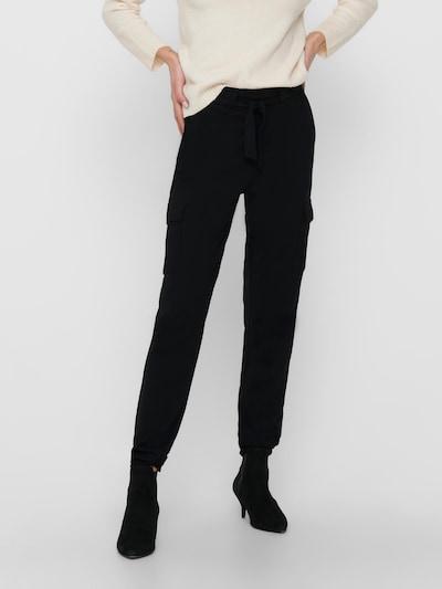 ONLY Pantalon cargo 'ONLPOPTRASH CARGO' en noir, Vue avec modèle