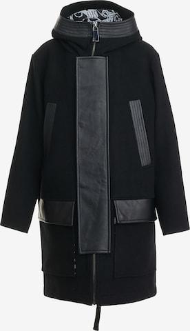 Gulliver Coat in Black