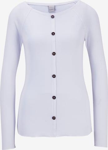 Tricou de la heine pe alb