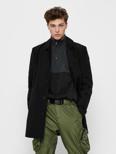 Only & Sons Manteau mi-saison en noir, Vue avec modèle