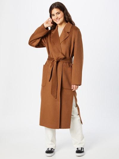 IVY & OAK Between-Seasons Coat in Caramel, View model