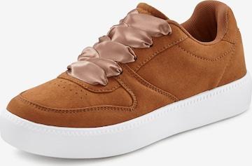 Sneaker low de la LASCANA pe maro